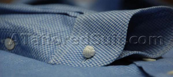Связанная из ниток запонка для мужской костюмной сорочки