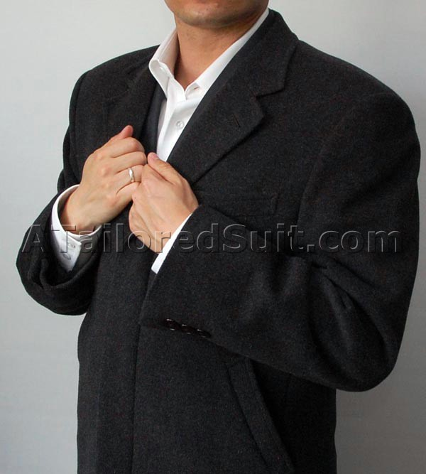 mens_overcoat_armsup