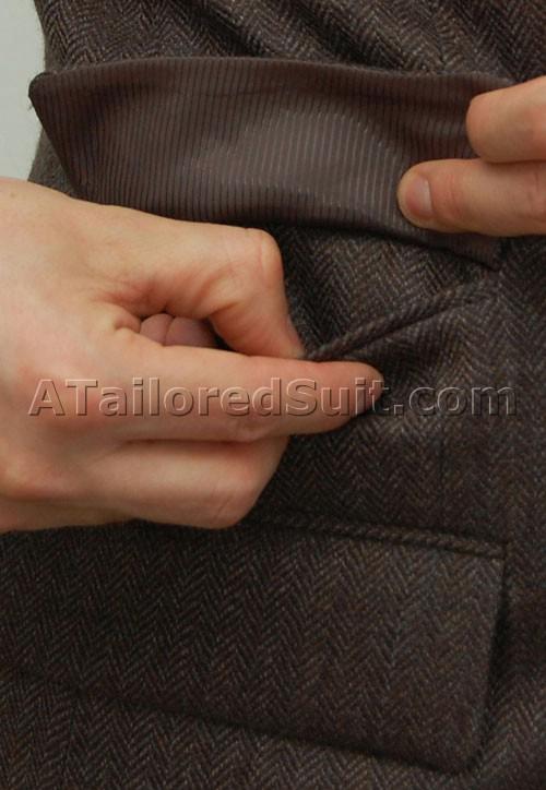 что класть в карманы пиджака