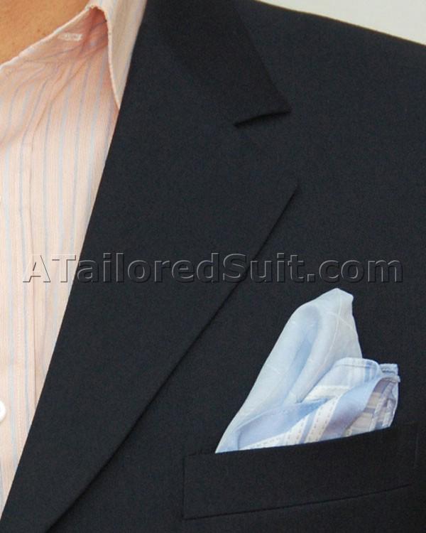 Нагрудный карман мужского пиджака